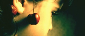 Cu-cirese-la-urechi